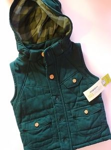 NWT Oshkosh boys canvas vest
